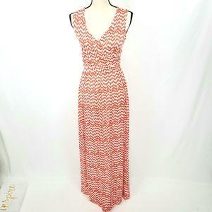 Gilli Chevron V neck Maxi Dress M